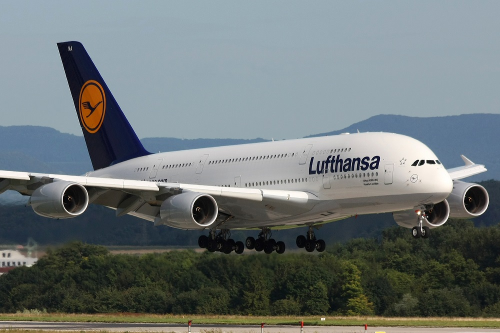 12.5 million passengers flew with the Lufthansa in Aug 2017