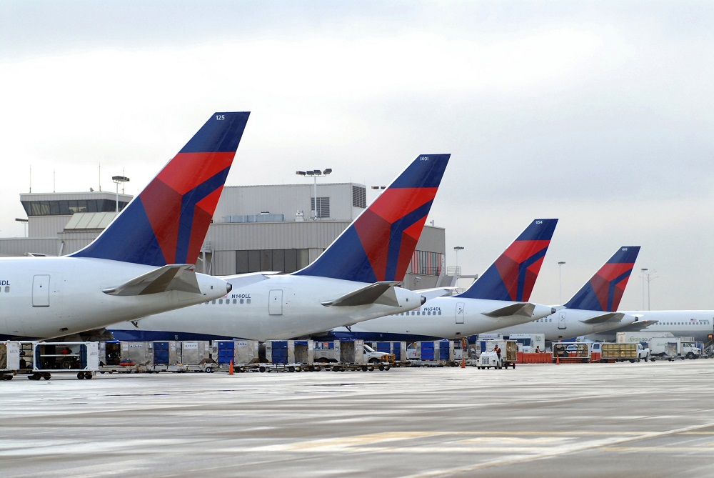 Delta now hiring more than 1,000 flight attendants