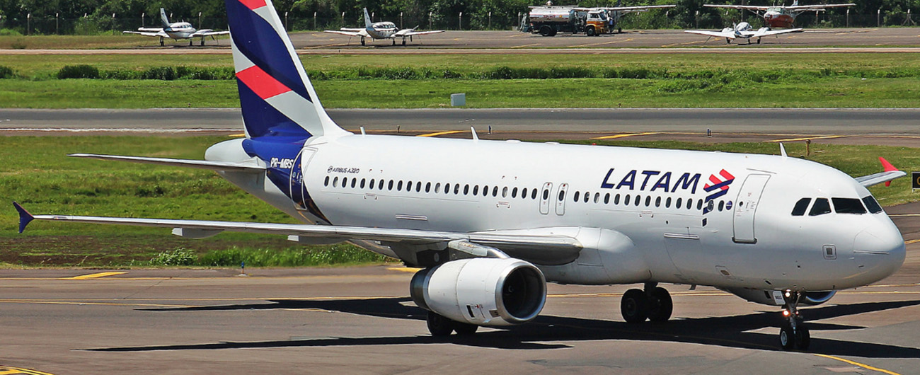 LATAM to reduce its operations by 70% and offer flexibility to reschedule travel date at no cost