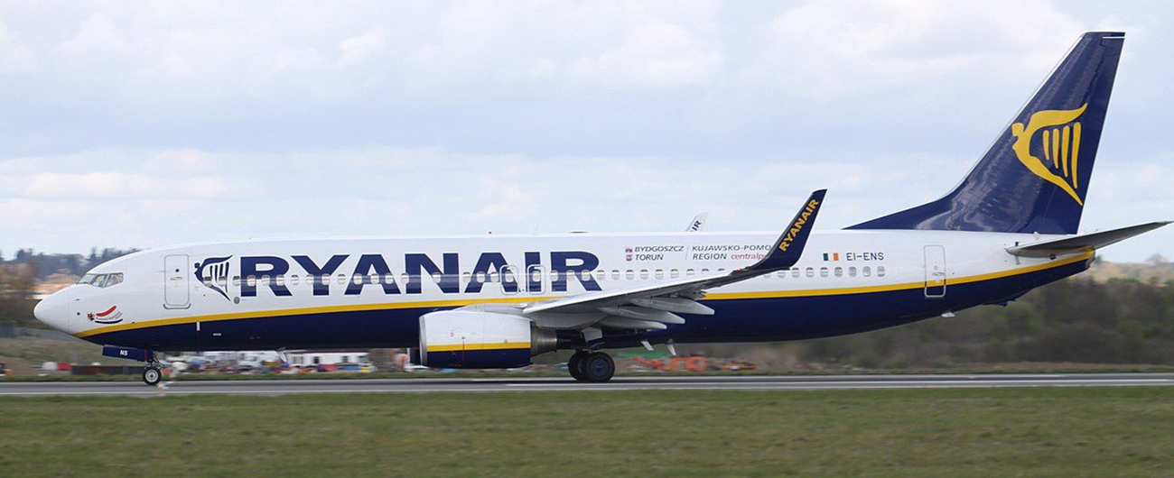 Fitch Downgrades Ryanair to 'BBB'; Maintains Negative Outlook